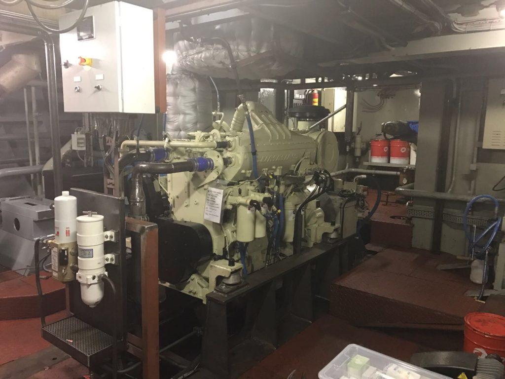 De nieuwe motor op de nieuwe fundatie